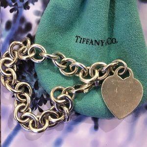 💙Tiffany heart charm bracelet